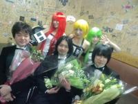 Photo souvenir avec DG-10. Photo envoyée par Asami Imai.